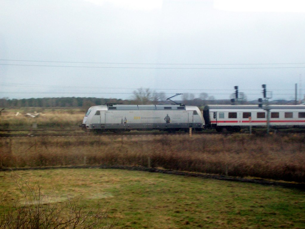 101 034 mit IC nach Stralsund am 23.11.09 in Pasewalk